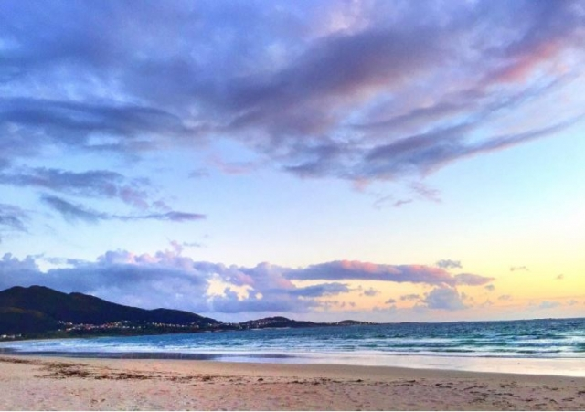 Atardecer en la playa de Carnota