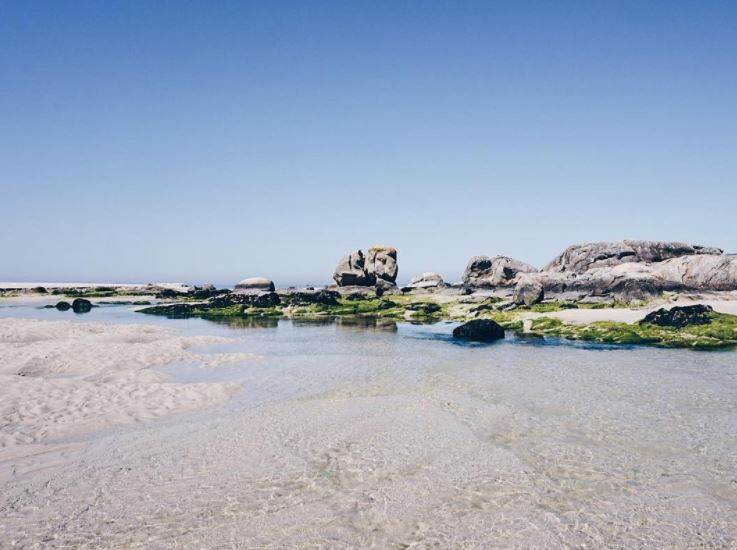 Rocas en la playa de Carnota